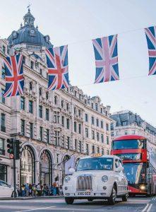 Billig bilutleie & leiebil i Storbritannia