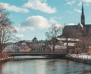 Leiebil & bilutleie i Uppsala