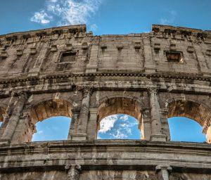 Leiebil & bilutleie i Roma