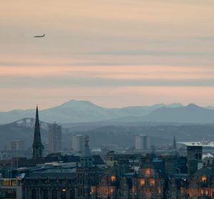 Bilutleie & leiebil Edinburgh Airport